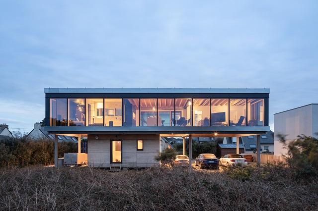 Francia: Casa sobre pilotes - B.Houssais Architecture