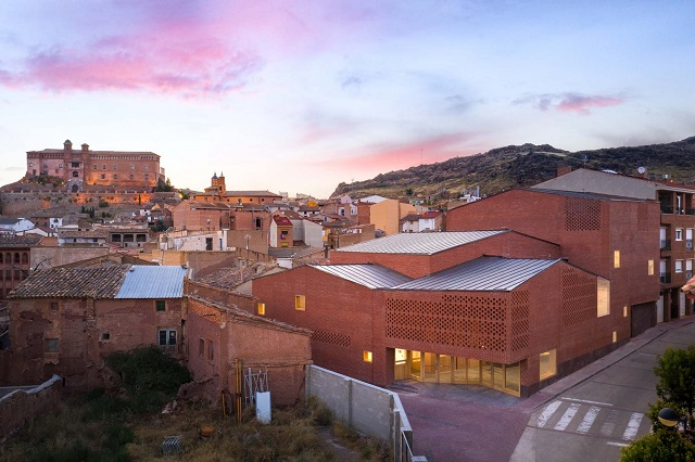 España: Teatro-Auditorio de Illueca - Magén Arquitectos
