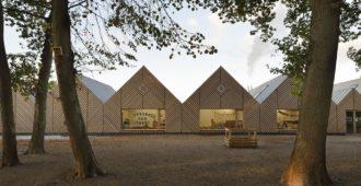 Francia: Escuela La Ruche en Perthes-en-Gâtinais - TRACKS Architectes